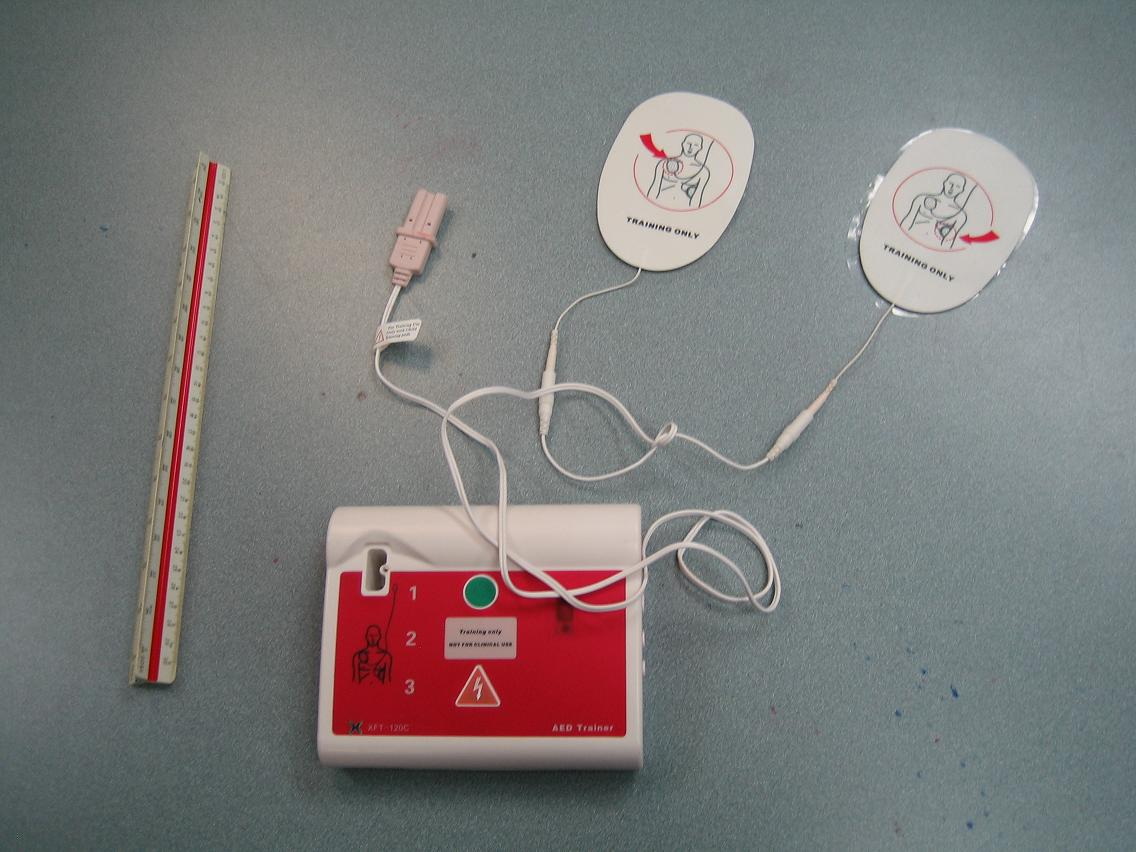 Cpr training courses in winnipeg aed trainer with adult pads xflitez Image collections